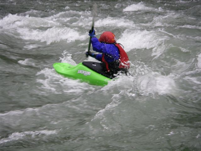 Whitewater Kayaking Classes Around Seattle in 2018 1