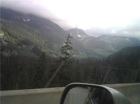 Views near Snoqualmie Pass on the way back.