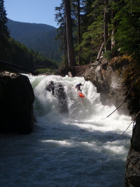 kayaking-chipper